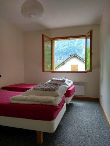Maison Bord de Rive – Chambre lits simples