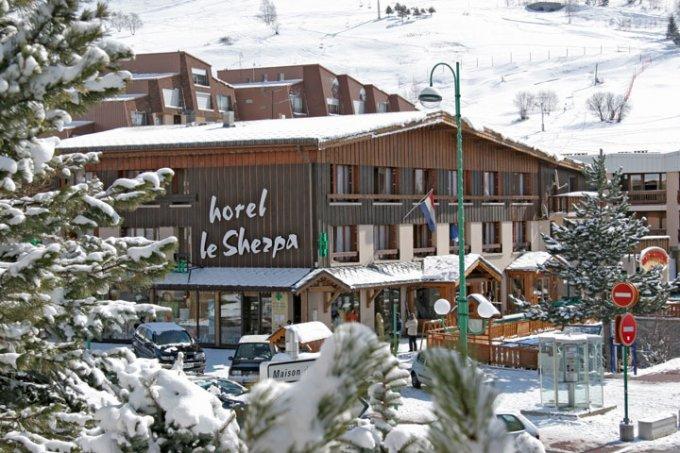 HOTEL SHERPA